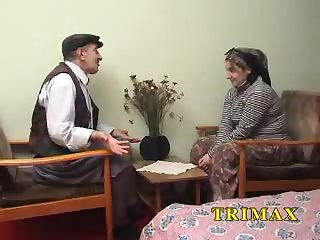 Mature Turkish couple having sex