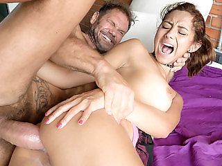 Veronica Orozco in Hugely Hung Stud Sodomizes Latina Te...