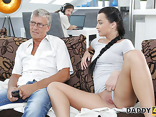 DADDY4K. Old guy still in great shape to fuck son's gf