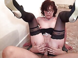 Mature lady gets rough sex from young worker