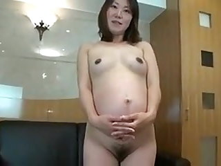 Pregnant asian pussy
