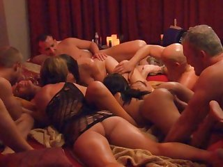 Intense swinger sex makes these couples cum over and over again