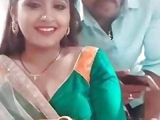 indian kitten doing selfies with boyfriend.mp4