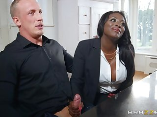 Big Pale Guy With Huge Dick Fucks Posh Black Cougar