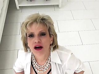 Adulterous british milf lady sonia showcases her monste...