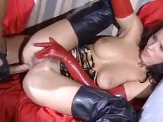 Cutie & Liliane have sex in latex and boots