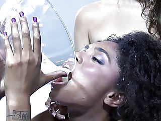 Premium Bukkake - Luna Corazon swallows 52 huge mouthful cum