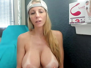Big titted blonde