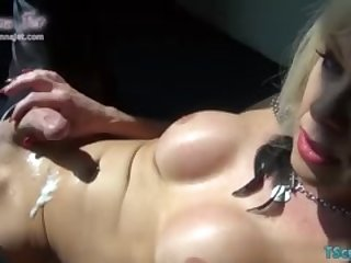 Hot shemale rimjob with cumshot