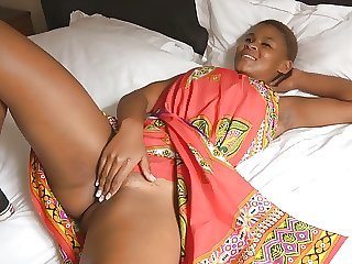 Perfect Ebony Babe Masturbates In Front Of Cam